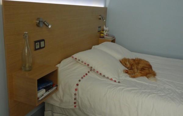 Tête de lit en latté chêne